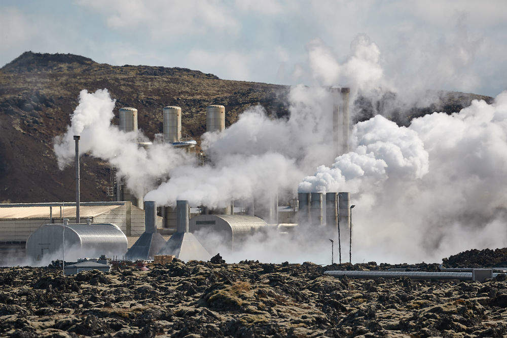 what is geothermal power
